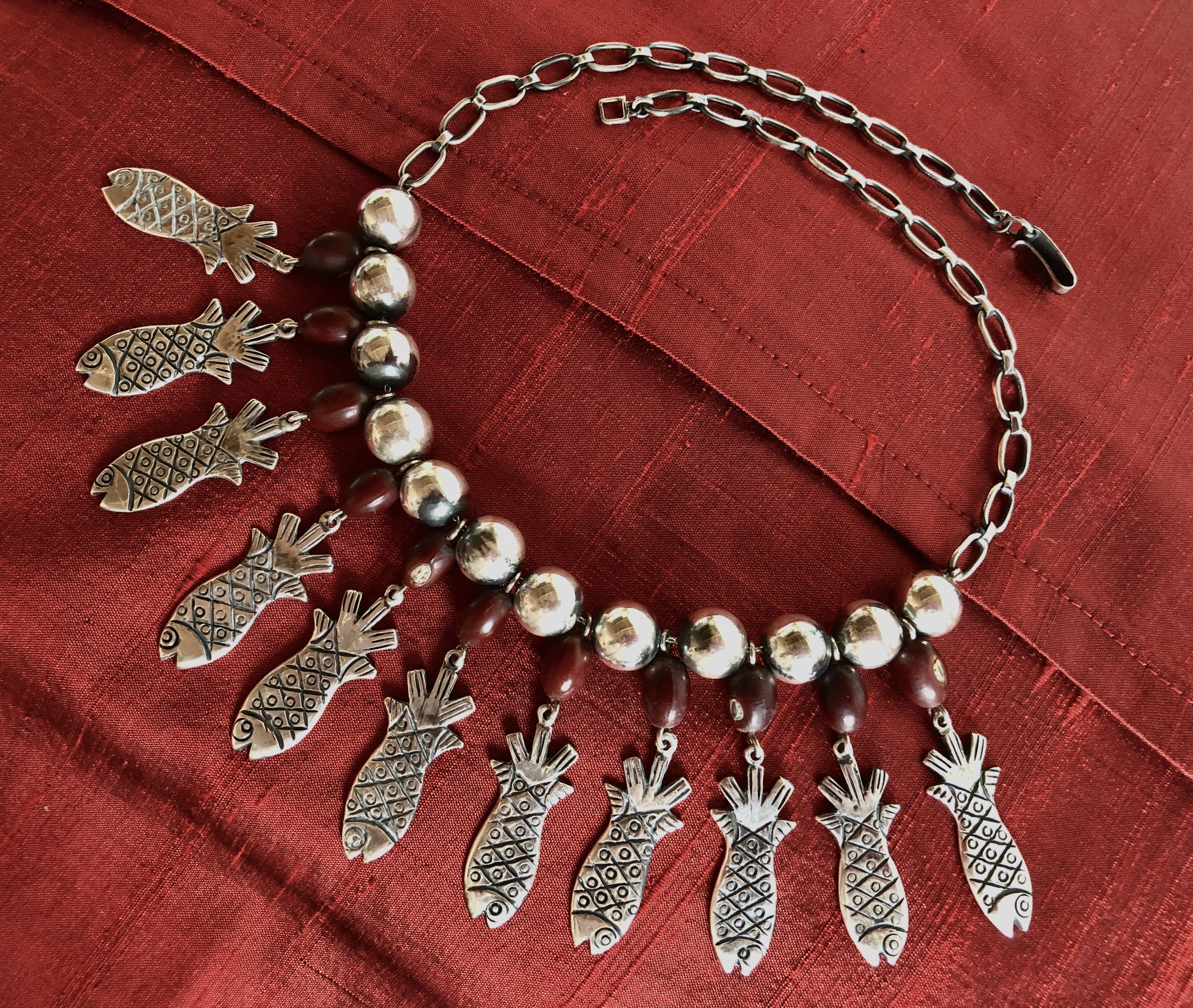 Vintage Necklace Trends